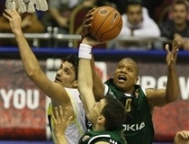 Mike Batiste and Sarunas Jasikevicius  - Panathinaikos