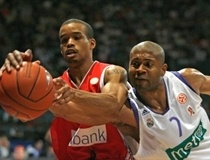 Lynn Greer and Charles Smith - Olympiacos - Real Madrid