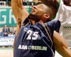 Sharrod Ford - Alba Berlin