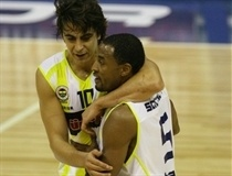 Ibrahim Kutluay and Willie Solomon - Fenerbahce Ulker