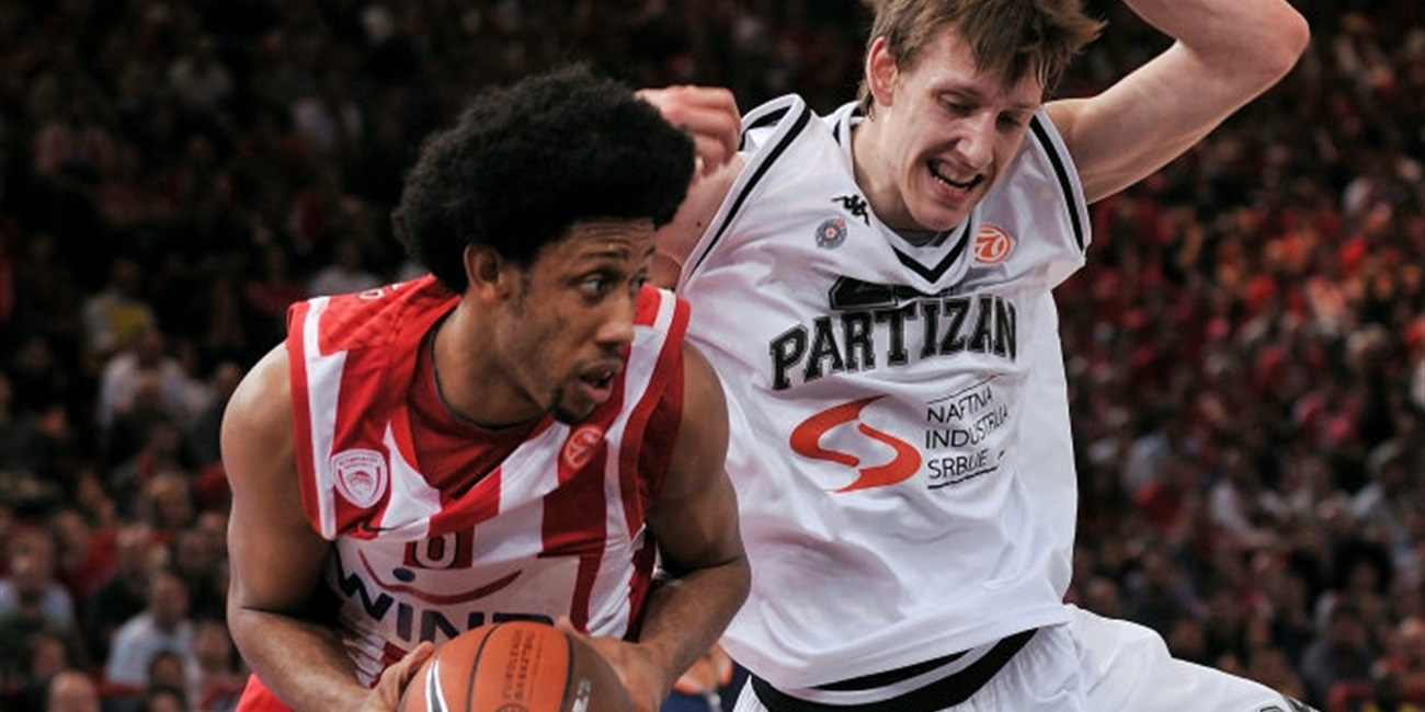 Josh Childress - Olympiacos - Final Four Paris 2010