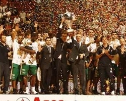 Montepaschi Siena – 2010 Italian League champion (Photo: menssanabasket.it)