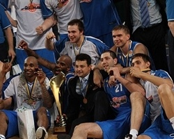 Azovmash Mariupol Champ Ukrainian League 2009-10 (photo sl.ukrbasket.net)