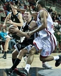 Dairis Bertans - VEF Riga (photo vefriga.com)