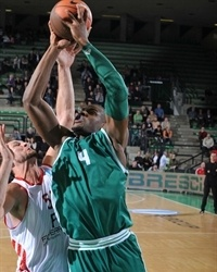 Jeff Adrien - Benetton Basket