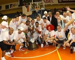CEZ Nymburk champ Czech league 2011-12 (photo basket-nymburk.cz)