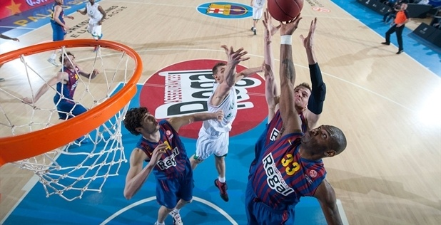 Pete Mickeal - FC Barcelona Regal - EB12