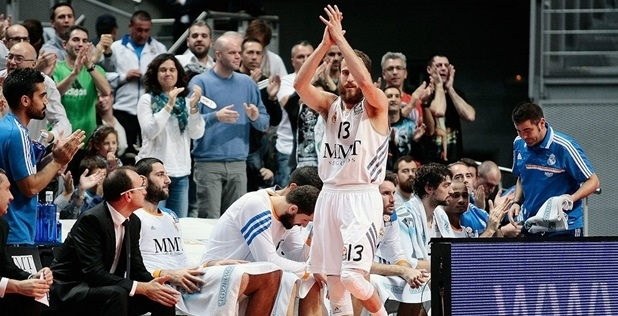 Sergio Rodriguez celebrates - Real Madrid - EB13