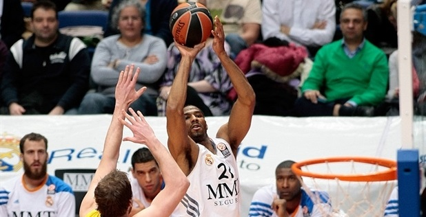 Tremmell Darden - Real Madrid - EB13_54064