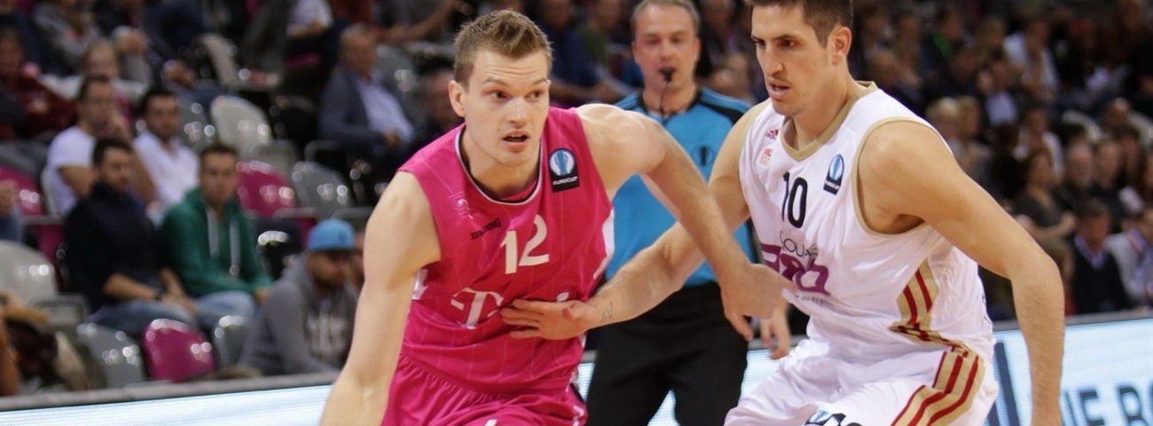 Florian Koch - Telekom Baskets Bonn - EC14 (photo Jörn Wolter - Telekom Baskets Bonn)