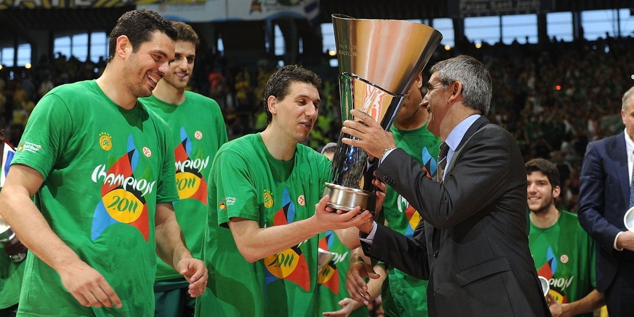 Dimitris Diamantidis  - Panathinaikos Athens champ - Final Four Barcelona 2011 - EB10